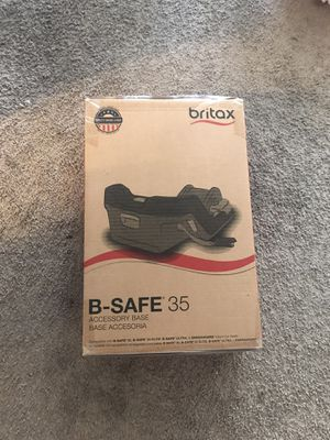 Britax® Infant Car Seat Base with SafeCenter LATCH Installation for Sale in Los Angeles, CA