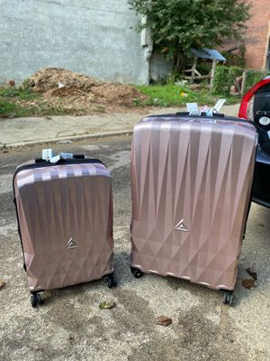 Blush Pink Luxury Suitcases for Sale in Philadelphia, PA
