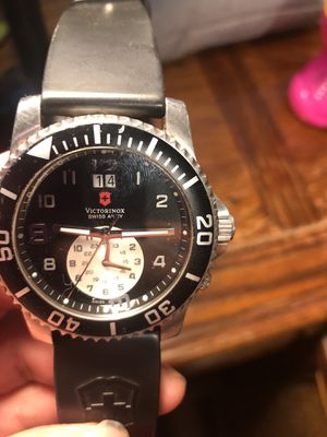 Victorinox missing battery and put the number 3 for Sale in Renton, WA