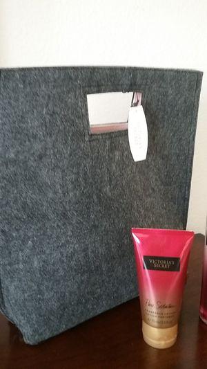 VICTORIA'S SECRET... Pure Seduction...Dry Fragrance Oil & Lotion Set w/ Tote Bag for Sale in New Port Richey, FL