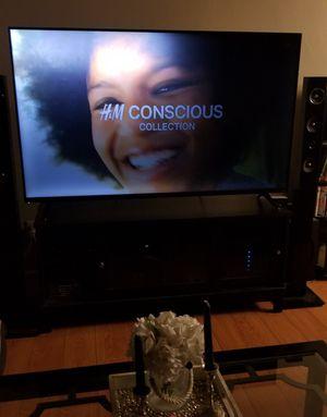 60 inch Vizio TV for Sale in San Bernardino, CA