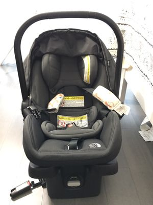 Baby Jogger GO infant car seat with base for Sale in New York, NY