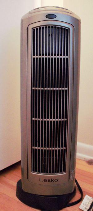 Lasko space heater for Sale in Arcadia, CA