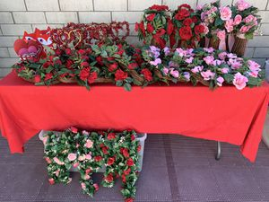Valentine Bundle Decorations Great Buy for Sale in Artesia, CA