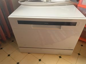 """""""Home"""" Brand Table Top Dishwasher for Sale in Lakewood, OH"""