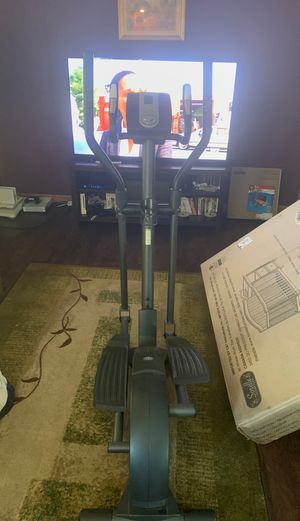 Golds gym elliptical for Sale in Tamms, IL