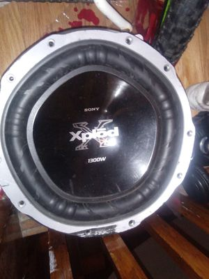 "12 "" Sony 1300 watt xplod subwoofer for Sale in Chicago, IL"