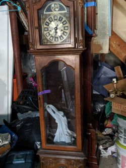 6 Foot Antique Grandfather Clock for Sale in Butler,  NJ