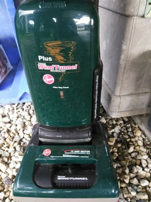 ** Hoover Vacuum & Dishes Mosaic pattern NEED GONE ** for Sale in Zephyrhills, FL