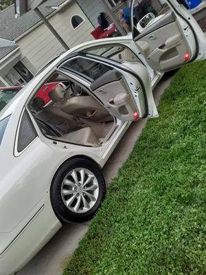 Hyundai Azera Limited edition for Sale in Kansas City, MO
