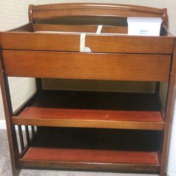 Sturdy Changing Table For Sale:) for Sale in Newberg,  OR