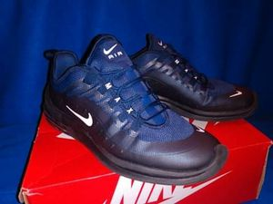 Mens size 10. Nike Axis for Sale in Los Angeles, CA