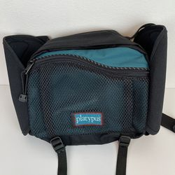 Platypus Hiking Waist Bag Fanny Pack for Sale in Kent,  WA