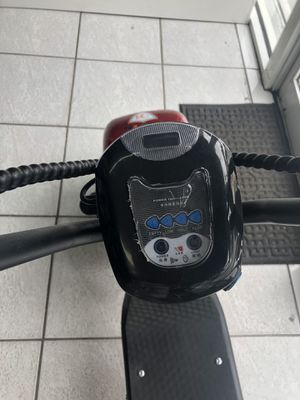 Moto electrica ,Scooter,120mph max !!4 day of batery!! Factory price(($1999))just for !!$1127!! With delivery included have to pay a little of $15.Go for Sale in Fairview Park, OH