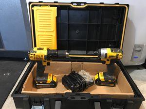 Dewalt drill set with box. for Sale in Valrico, FL