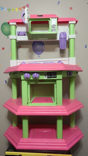 Plastic kitchen used. for Sale in San Diego, CA