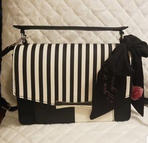 Betsey for Sale in The Bronx, NY