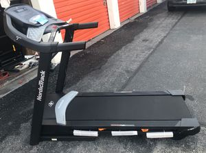 NordicTrack C 590 Pro Treadmill running track indoor fitness unused assembled for buyers convenience for Sale in Las Vegas, NV