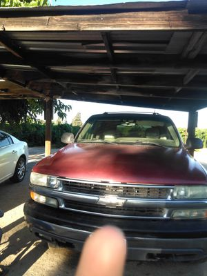 Chevy Tahoe 2003 for Sale in Selma, CA