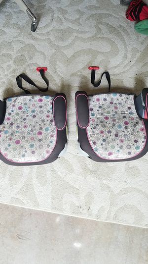 Graco flowers booster seats for Sale in Conyers, GA