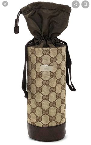 Gucci Authentic water bag holder for Sale in Las Vegas, NV
