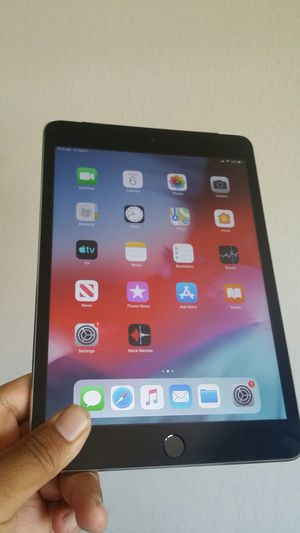 Apple IPad Mini 3 (Retina Display / Touch ID / IOS 12) 16GB WiFi + Cellular (Unlocked) with complete Accessories for Sale in El Monte, CA