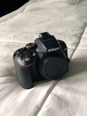 Nikon D5300 DSLR Camera for Sale in Chicago, IL