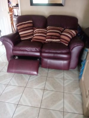 Leather couch for Sale in Commerce, CA