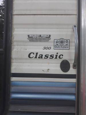 Free ...Dutchmen classic 300 for Sale in Lakeville, MA