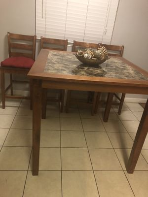 Dining set table with 4 chairs for Sale in Stockton, CA