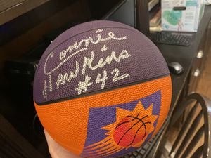 Phoenix Suns Connie Hawkins Signed Basketball for Sale in Mesa, AZ
