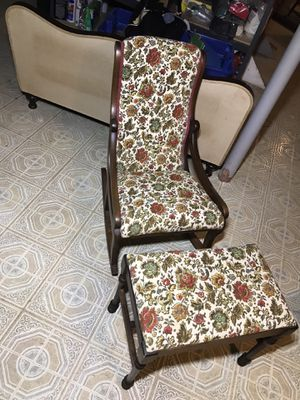 Small Vintage Rocking Chair & Ottoman for Sale in Silver Spring, MD