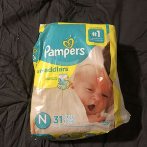 newborn pampers for Sale in Los Angeles, CA