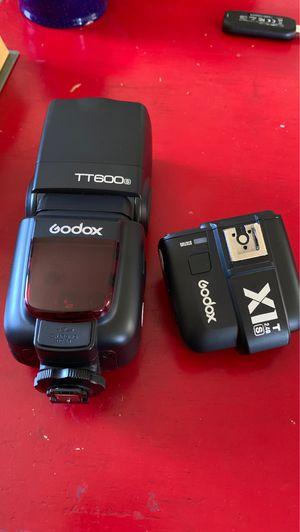 Godox TT600s speedlite + XIT-s wireless trigger for Sale in Arcadia, CA