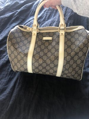 Purse and Wallet Gucci for Sale in San Diego, CA