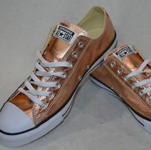 NWT Converse All Stars Metallic Gold Sunset Glow for Sale in Orlando, FL