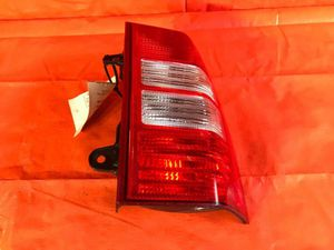 OEM 2007 07 JEEP PATRIOT PASSENGER RIGHT TAIL LIGHT LAMP R RH for Sale in Miami Gardens, FL