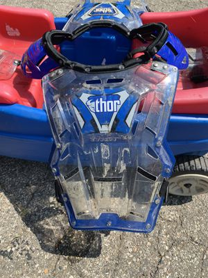 Thor chest protector-Youth for Sale in Huron Charter Township, MI