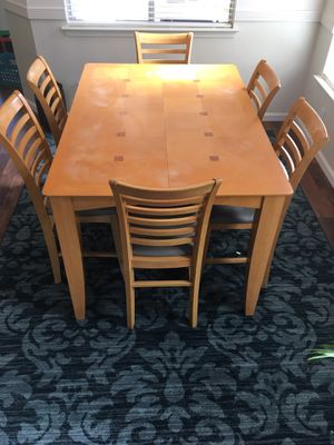 Dining table 6 chairs for Sale in Fresno, CA