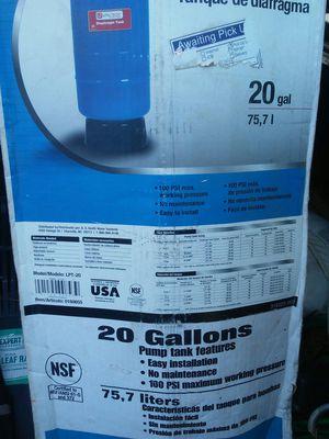UTILITECH 20 GALLON WATER TANK for Sale in Salem, VA