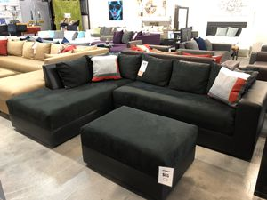 Black on Black Sectional Sofa w/ Wide Seats 💥💥💥TAKE HOME TODAY💥💥💥 for Sale in Virginia Gardens, FL