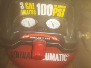 CENTRAL NEUMATIC PANCAKE AIR COMPRESSOR ! WORKS GREAT ! for Sale in Las Vegas, NV