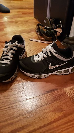 Nike Air Trailwind 2 Womens Size 8 for Sale in West New York, NJ