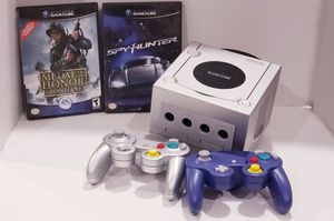 Nintendo GameCube Limited Edition Platinum Console for Sale in Buena Park, CA