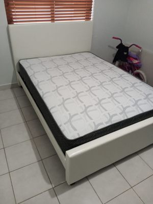 Full size bed frame new in the box with the mattresses and free shipping for Sale in Hialeah, FL