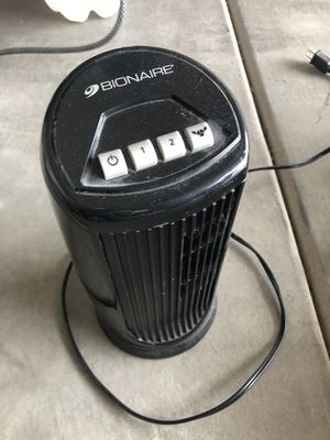 "Bionare 12"" oscillating desk fan for Sale in Gilbert, AZ"