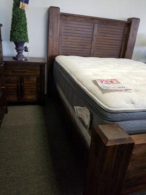 Rustic bedroom set for Sale in Cypress, CA