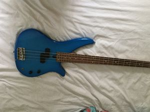 Yamaha RBX360 guitar for Sale in St. Louis, MO