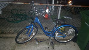 Blue Schwinn Bike for Sale in Baltimore, MD