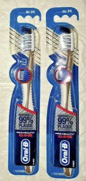 Lot Of 2 Oral-B Pro Health All in One Medium Med Toothbrush 99% Plaque Removal for Sale in Franklin Township, NJ